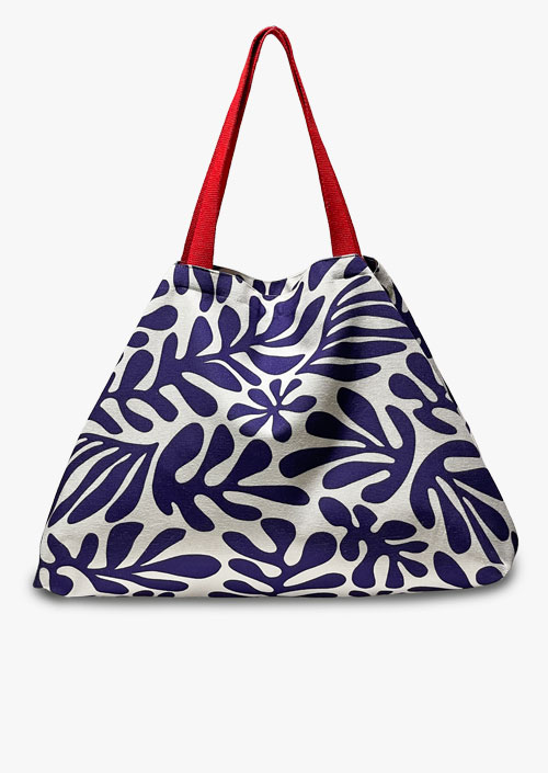 Large format bag in cobalt blue and white colors